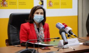 Margarita Robles, en COPE: ¿Van a subir el sueldo a los soldados?